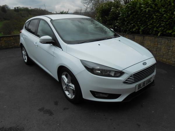 Ford  Focus 1.5 TDCi 120  Zetec  5 Door App Pack Sat Nav